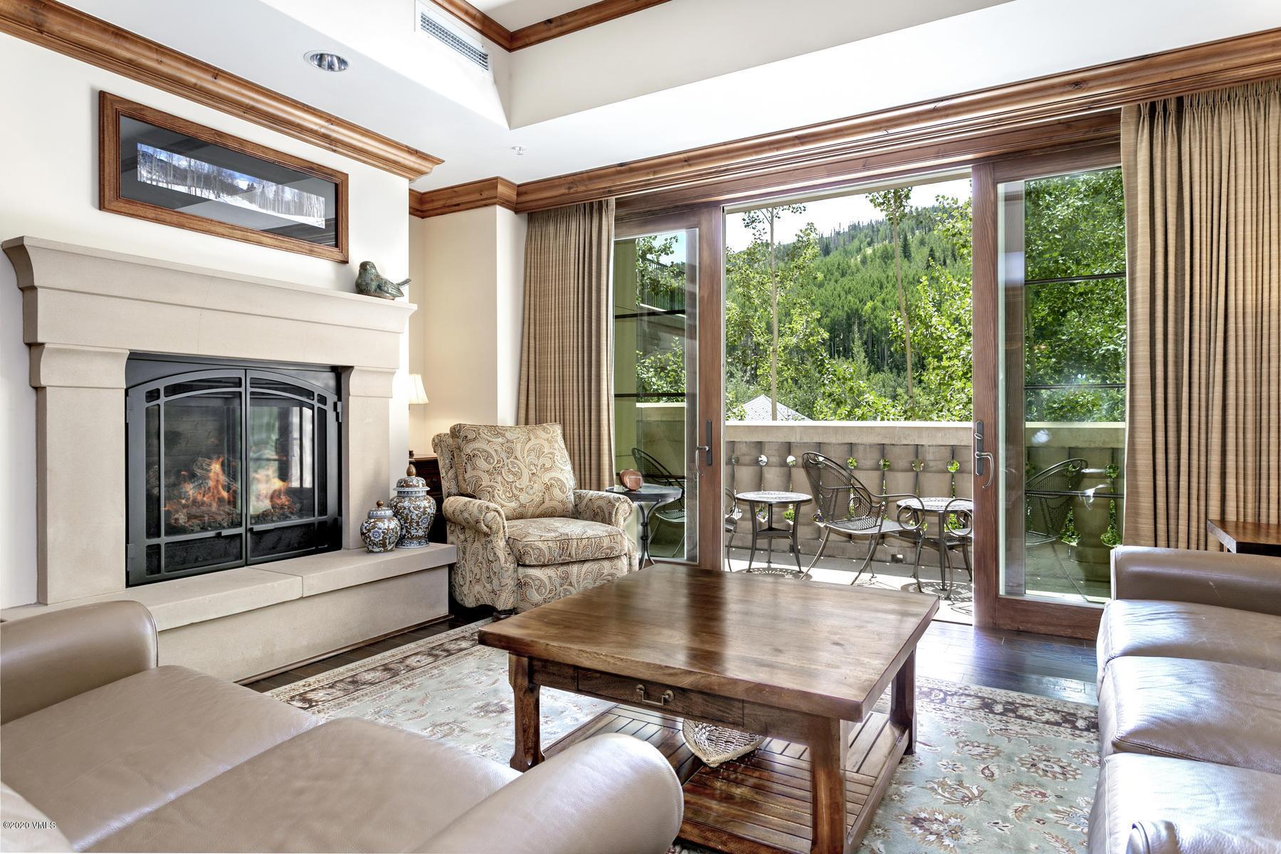 728 W Lionshead Circle Property Photo