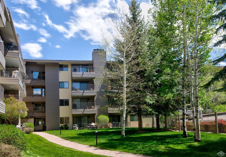 288 W Beaver Creek Boulevard, D4, Avon, CO 81620 Property Photo - Avon, CO real estate listing